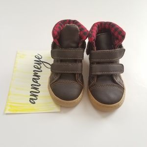GAP Baby Toddler Boy Size 8 Olive Green Sherpa-Lined Hi-Top Sneakers Shoes Boots